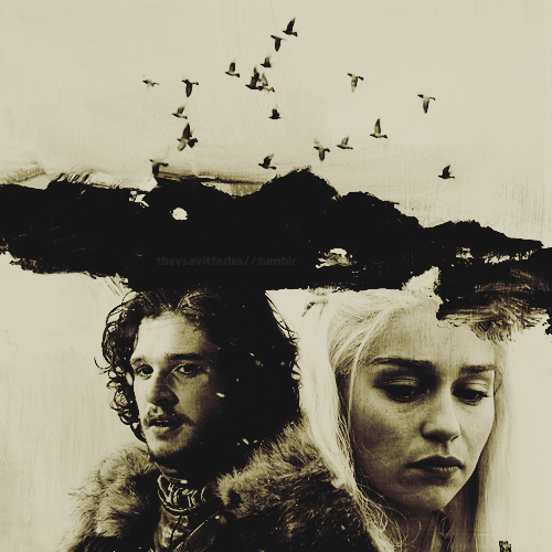 http://images4.fanpop.com/image/photos/24100000/Jon-Daenerys-jon-and-daenerys-24183664-500-500.png