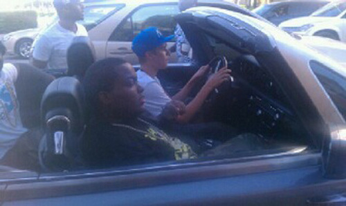 Justin Bieber Driving In South 바닷가, 비치 Florida with Sean Kingston