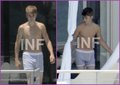 Justin Bieber's underwear with the July 31, 2011 in Miami, Florida, this position was pictured in th