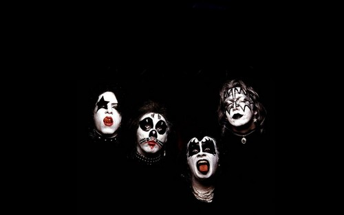 KISS wallpaper entitled Kiss