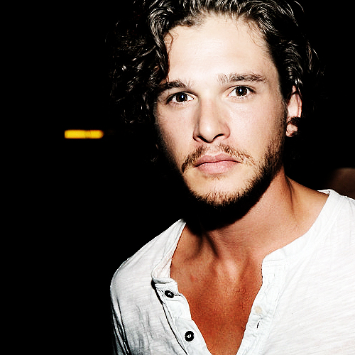 Kit Harington: Kit Harington Photo (24125420)