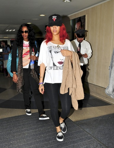 LAX Airport 25 07 2011