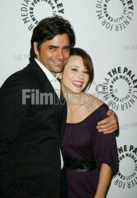 Linda Cardellini and John Stamos