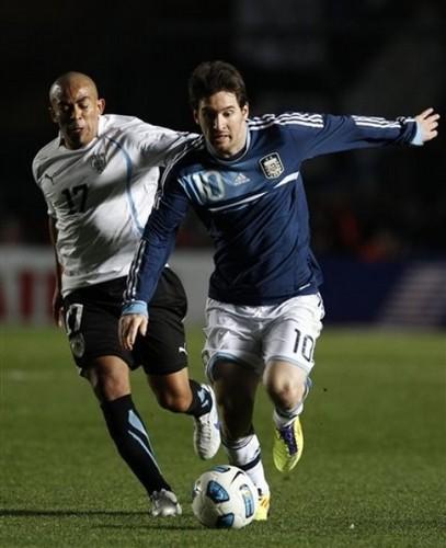 Lionel Messi, Argentina - Uruguay ( 1-1, pen 4-5 )