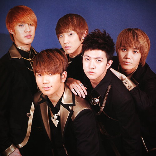 MBLAQ fondo de pantalla probably containing a well dressed person and a business suit called MBLAQ