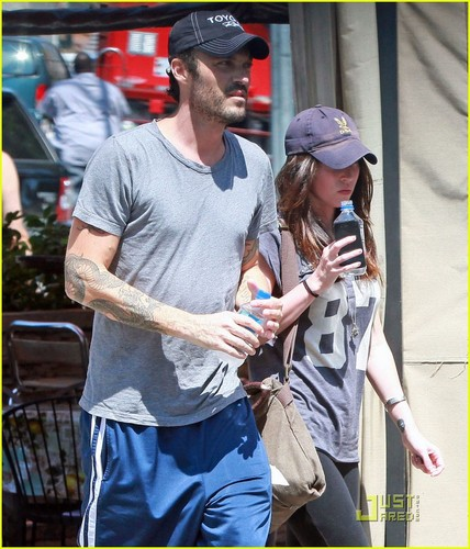 Megan Fox & Brian Austin Green: Pinches Taco's Twosome!