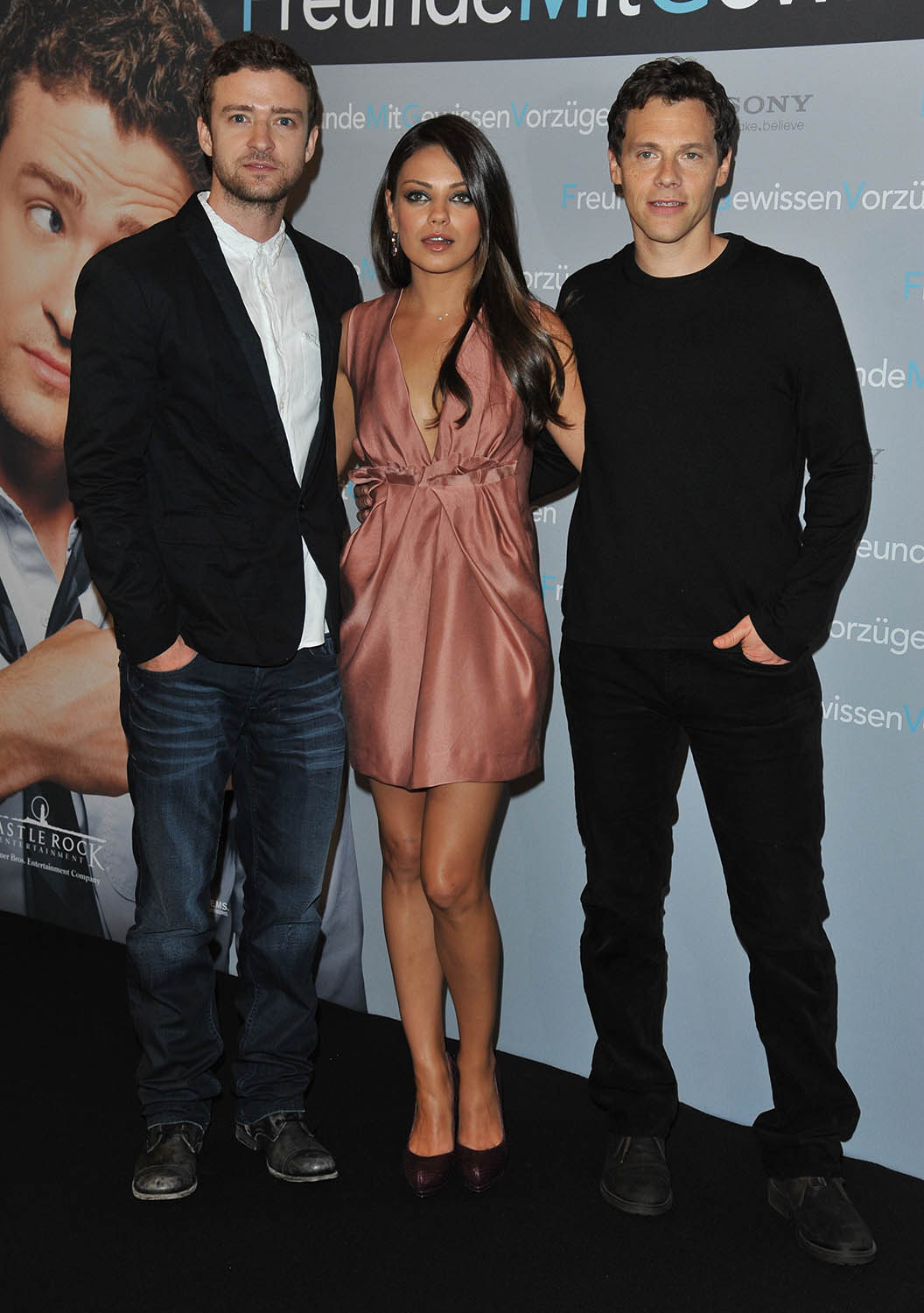 Mila Kunis and Justin: Những người bạn with Benefits Photocall in Berlin, Jul 29