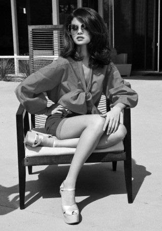 Selena - Elle (August) 2011