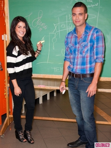 Shenae Grimes and Mark Salling