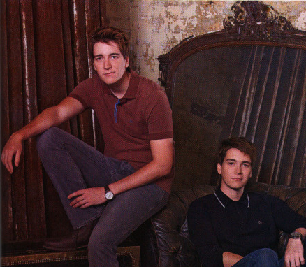 fred figglehorn e george weasley wallpaper with a drawing room entitled Twins <3