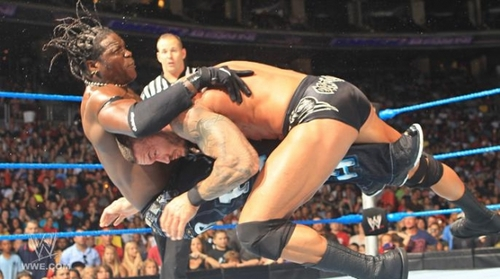 WWE Smackdown Randy Orton Vs R truth 29th-jul-11