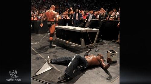 ডবলুডবলুই Smackdown Randy Orton Vs R truth 29th-jul-11