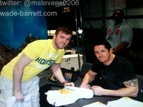 wade barrett and پرستار