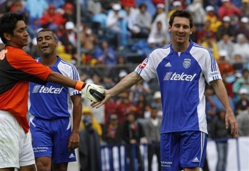 """""""Messi & Friends"""" Charity Match (July 31, 2011)"""