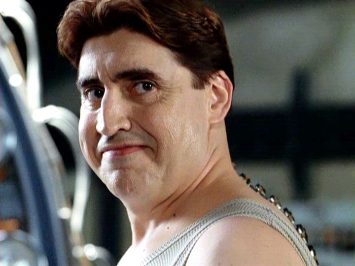alfred molina height