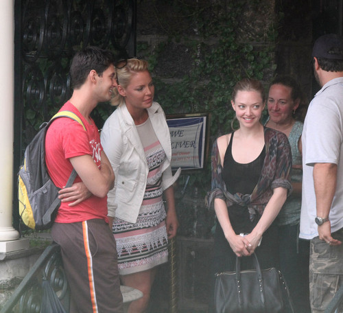 Amanda Seyfried and Katherine Heigl out for lunch in Connecticut, August 1