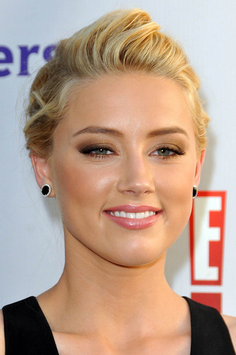 Amber Heard: NBC Universal Press Tour All bintang Party in Beverly Hills, August 1