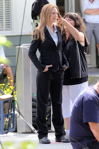 Anna Torv - On The Set - Filming Season 4