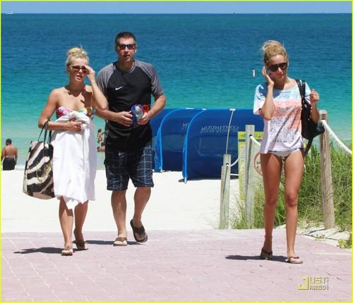 Ashley & Julianne out in Miami