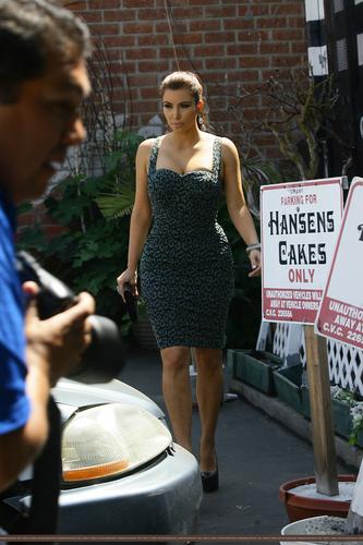 At Hansen's Bakery - 7/29/11