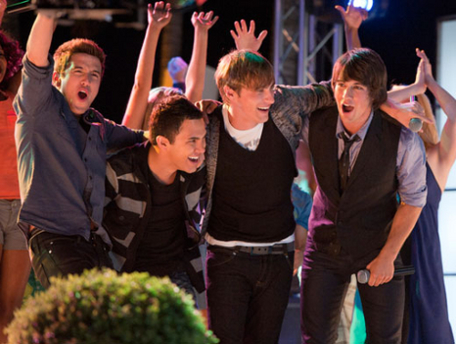 Big time strand party