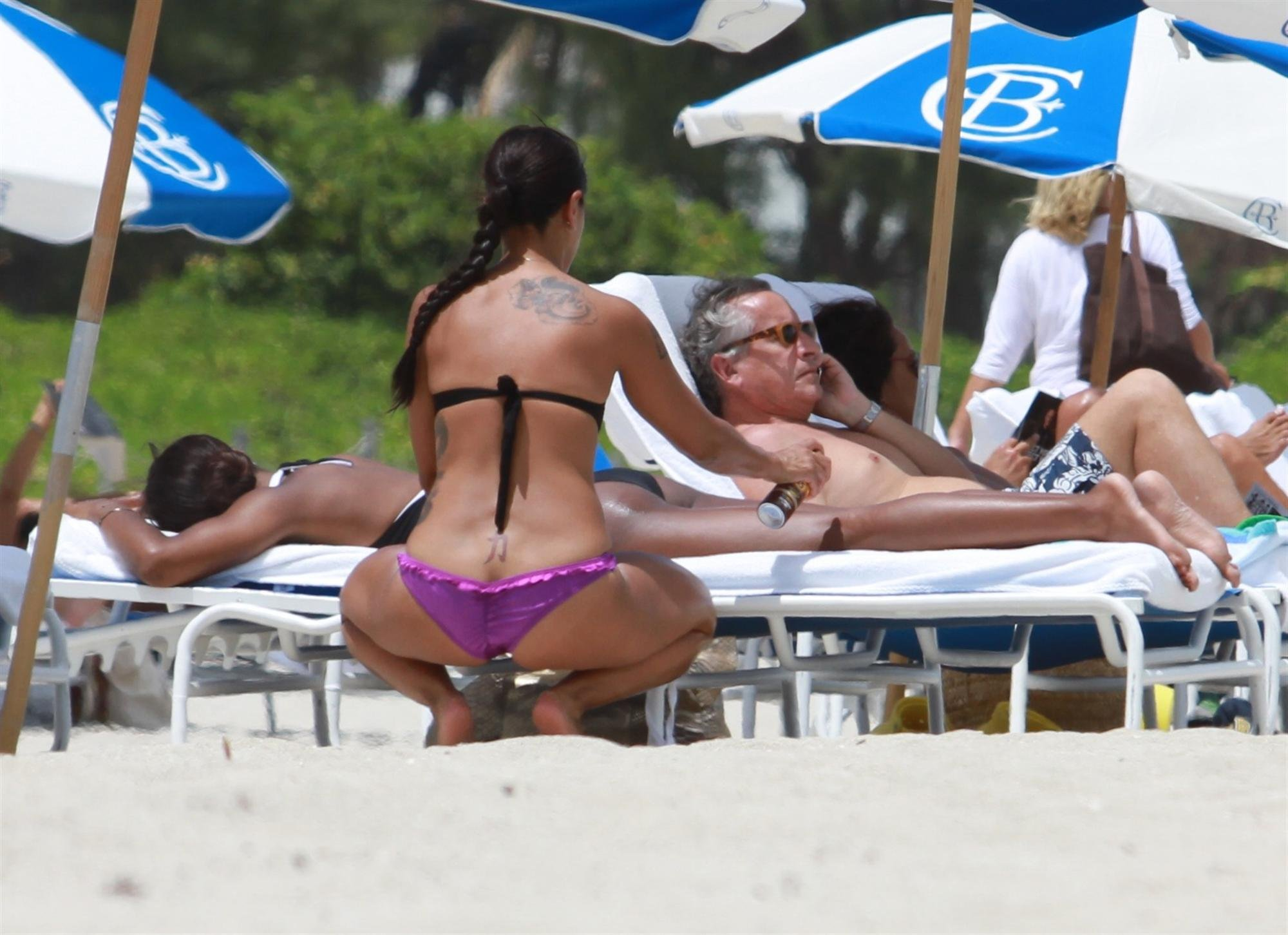 Kelly Rowland images Bikini Candids on the Beach in Miami 1 05 2011 HD  wallpaper and background photos