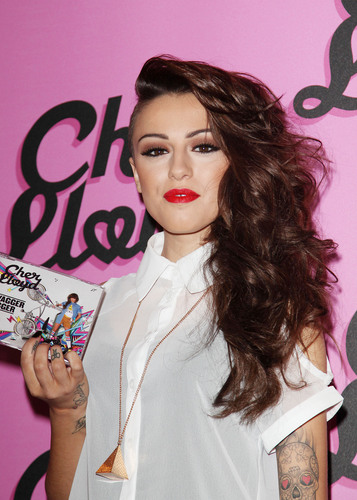 Cher signs copies of her debut single at HMV Westfield [1/8]