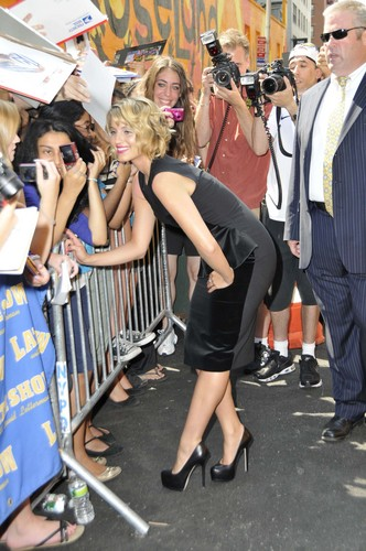 Dianna @ Late onyesha With David Letterman 08/01/2011