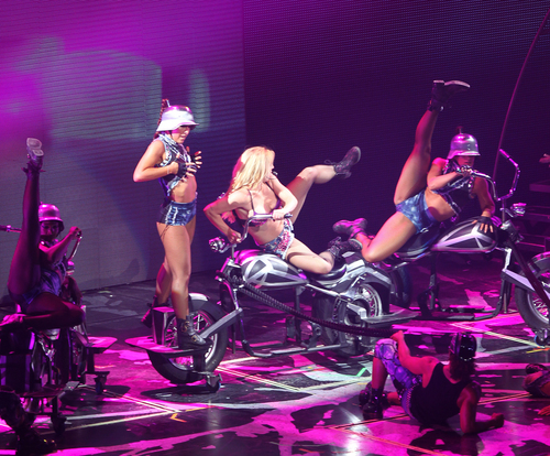 Femme Fatale Tour Wells Fargo Center In Philadelphia 30 07 2011