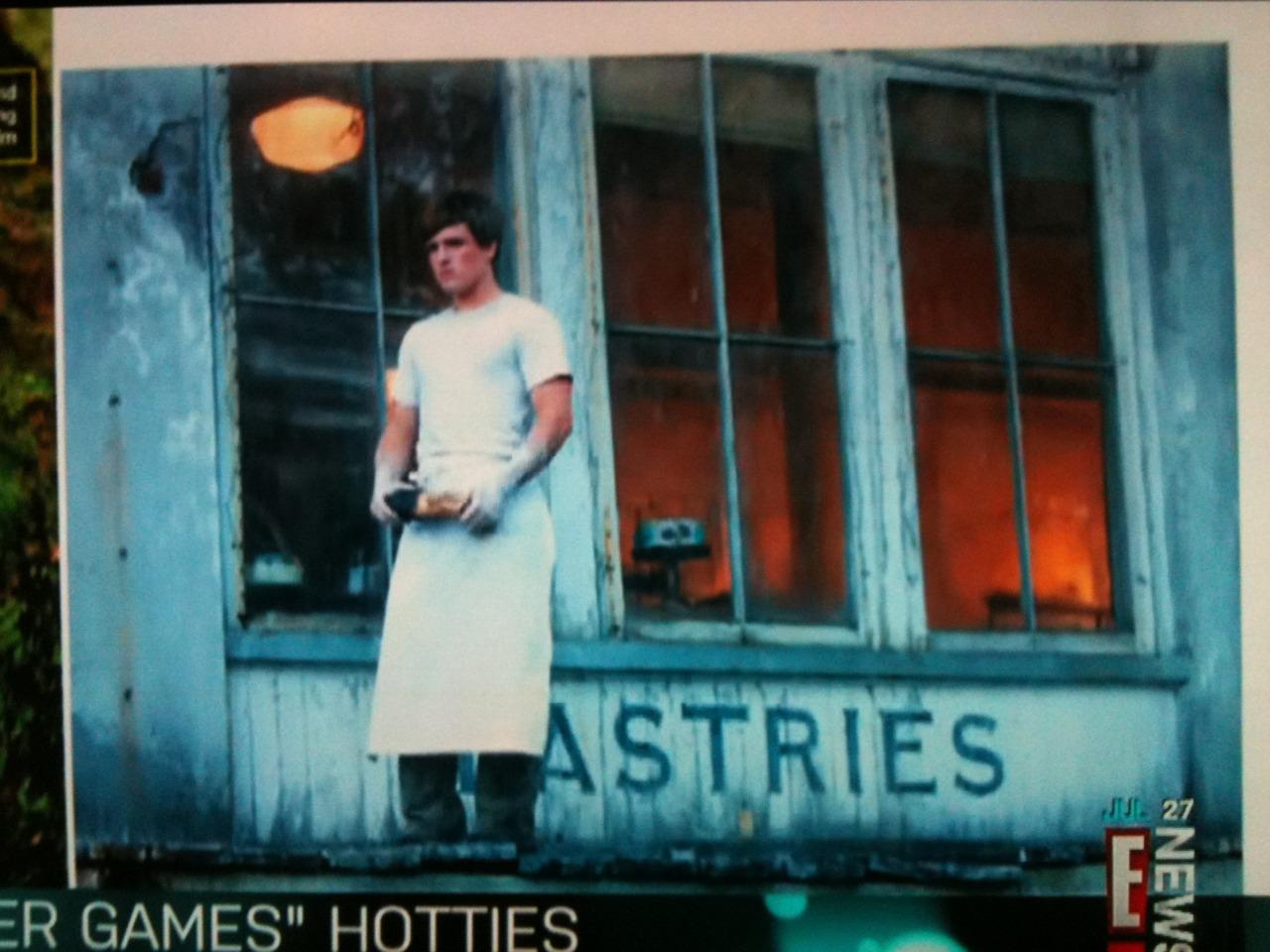 First look at Josh Hutcherson as Peeta Mellark