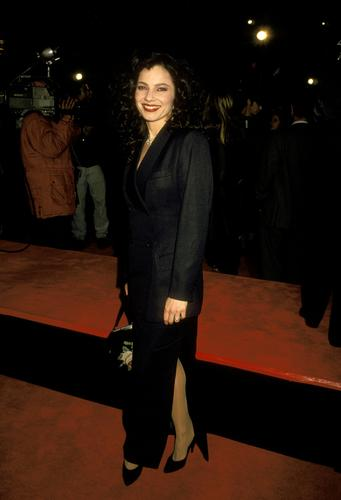 Fran Drescher Hintergrund containing a business suit, a well dressed person, and a suit titled Fran Drescher