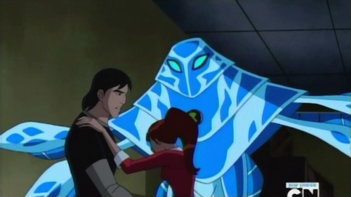Helping Her - ben-10-ultimate-alien Screencap