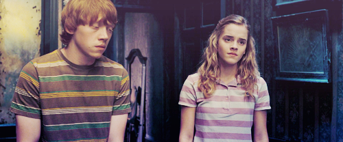 hermione granger fondo de pantalla titled Hermione Jean Granger<3
