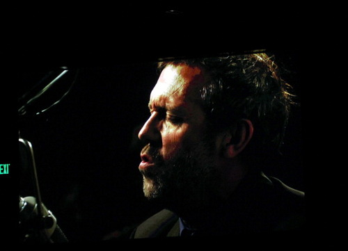 Hugh Laurie wallpaper with a concert called Hugh Laurie