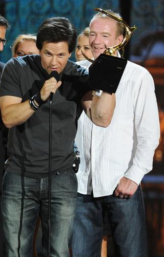 June 4 2011 - Spike TV's 5th Annual Guys Choice Zeigen