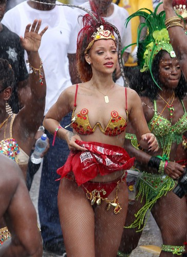 Rihanna wallpaper entitled Kadoomant Day Parade In Barbados 1 08 2011