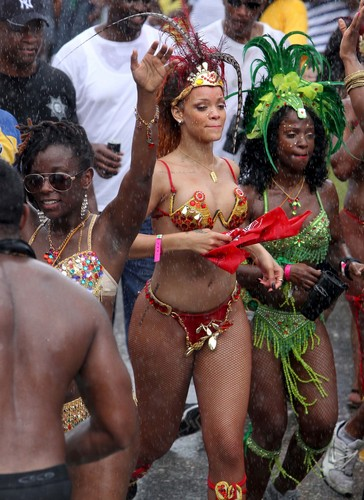 Kadooment 일 Parade in Barbados 1 August 2011