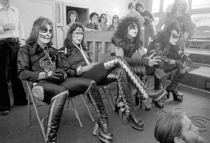Kiss october 1975