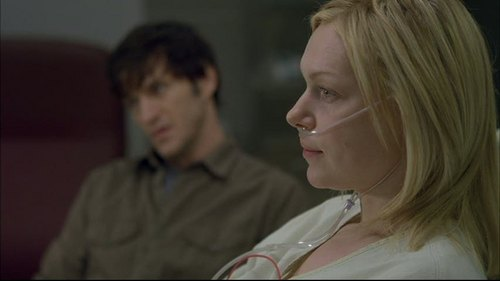 Laura in House MD:  Private Lives - laura-prepon Screencap
