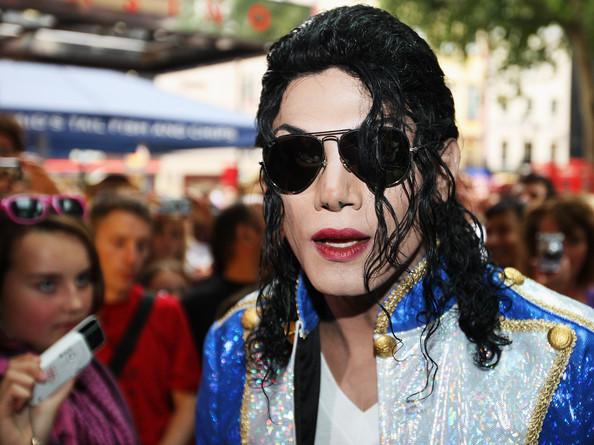 MJ Look Alike