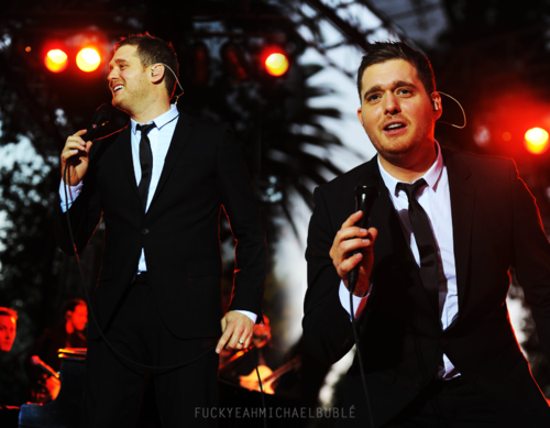 Michael Bublé wallpaper with a business suit, a suit, and a three piece suit entitled Michael B.