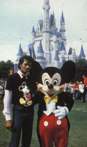 Michael and Mickey マウス