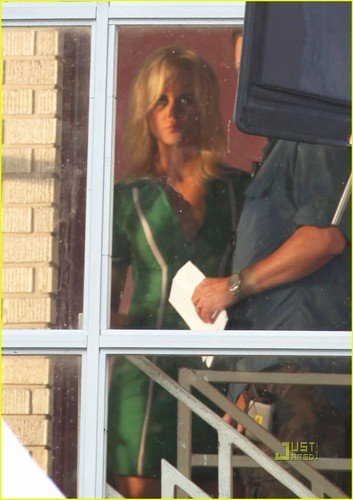 Nicole Kidman: Bleached Blonde for 'Paperboy'!
