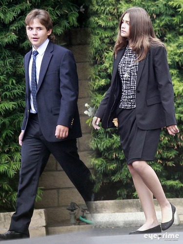 Paris Jackson fond d'écran with a business suit, a suit, and a well dressed person entitled Paris and Prince Jackson go to Church