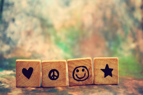 Peace, Cinta and Happiness :)