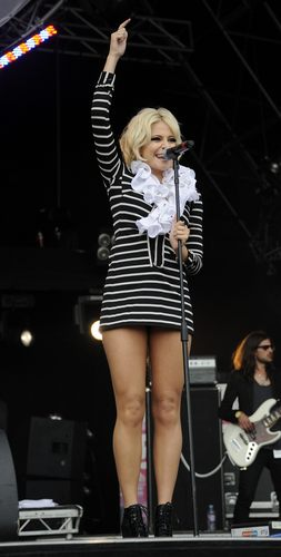 Performs in London 31 07 2011