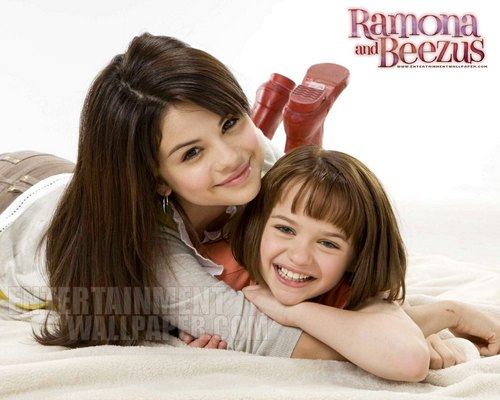 Ramona And Beezus The Movie wallpaper with a portrait entitled Ramona and Beezus