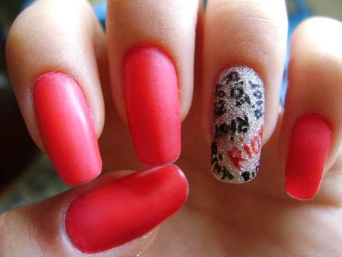 Riot Nails
