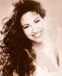 Selena Quintanilla-Pérez wallpaper containing a portrait entitled SLENA <3