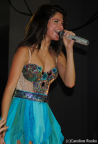 Selena - Performing Live - St Augustine, Fl - July 31, 2011